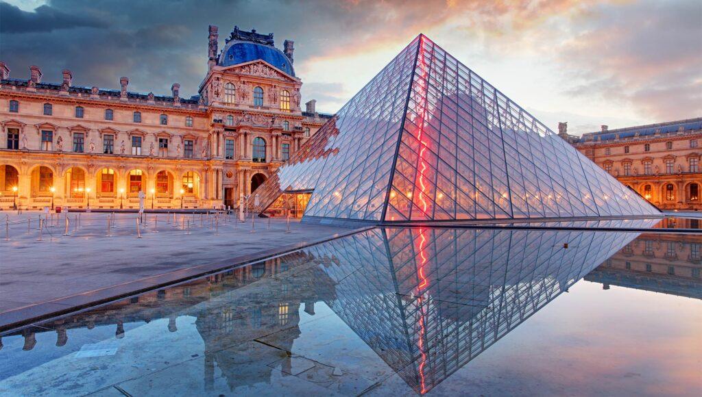 شهر تاریخی و بزرگ پاریس