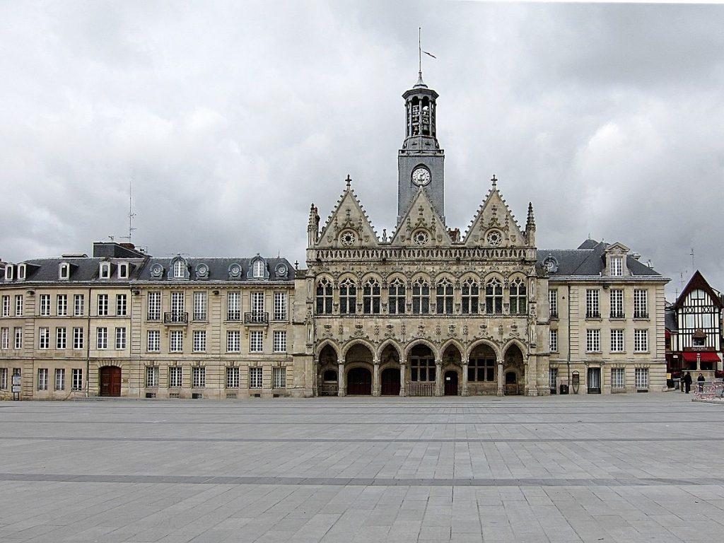 Saint-Quentin- شهر سن کانتن فرانسه